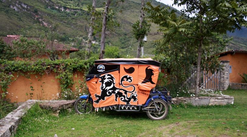 Mototaxi en Leymebamba.  Foto: Sara Gordón