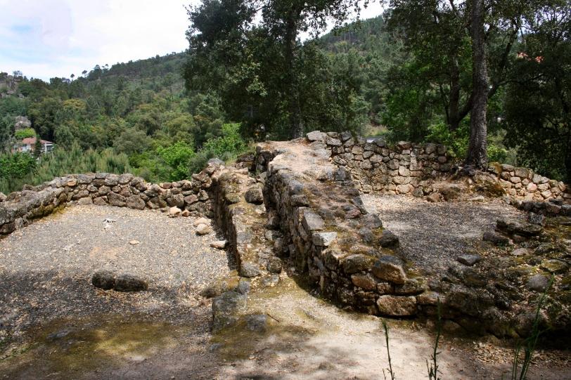 En el siglo II, el poblado fue abandonado, hasta que cien años después volvió a ser ocupado por otra civilización con características galaicos-romanas. Foto: Sara Gordón