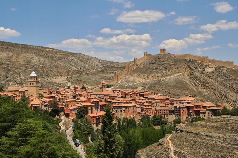 Se conserva la arquitectura popular con la forja de la zona y el color rojizo característico llamado rodeno. Foto: Sara Gordón