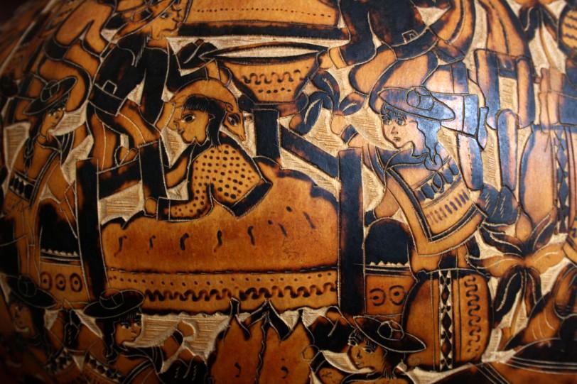 Culturas de la costa norte, como Mochica y Chimu, crearon mates con figuras geométricas de peces y aves. Foto: Sara Gordón