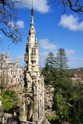 La Capilla de la Santísina Trinidad fue construida en piedra blanca y con estilo manuelino. Foto: Sara Gordón