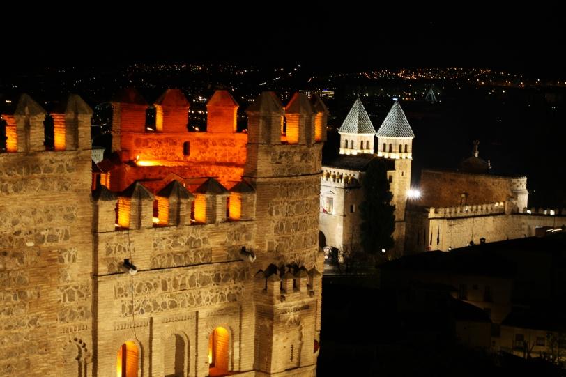Vista de la Puerta del Sol desde la muralla. Foto: Sara Gordón