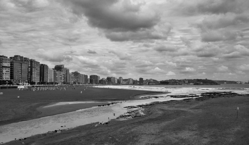 La playa en Gijón. Foto: Sara Gordón