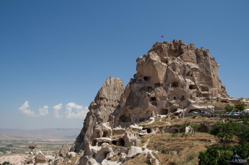 La parte superior del castillo de Uchisar, ofrece un magnífico panorama de los alrededores de Monte Erciyes en la distancia. Foto: Sara Gordón