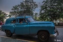 Los coches de Cuba no dejarán de sorprenderte. Foto: Sara Gordón